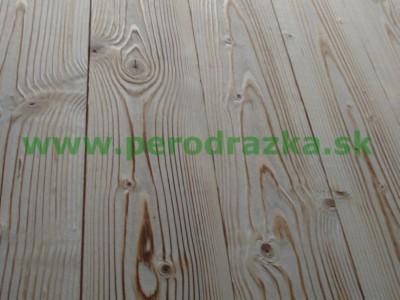 kartáčovaná podlaha